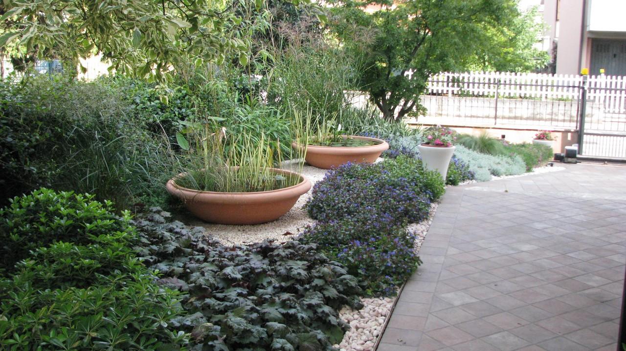 Grechi giardini realizzazione giardini biolaghi for Piccole cascate da giardino
