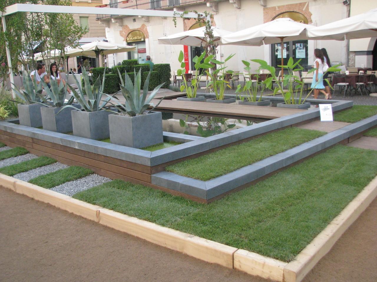Giardino d 39 acqua con biopiscina per casa a schiera brescia i nostri lavori grechi giardini - Giardino d acqua ...