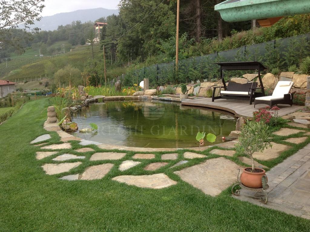 Piccolo biolago balneabile per davide pontida i nostri for Laghetti nei giardini